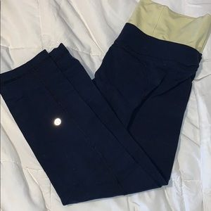 Lululemon high rise capris navy and yellow